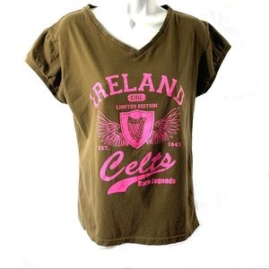 Irish Theme T Shirt Fits Sz M L Celts Eire V Neck